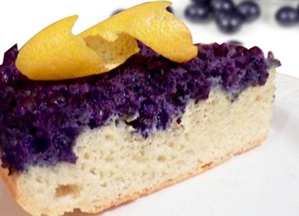 Lemon Cake with Blueberries
