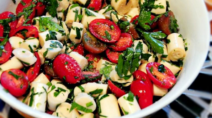Spicy Hearts of Palm & Tomato Salad