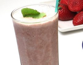 Strawberry Froth Smoothie